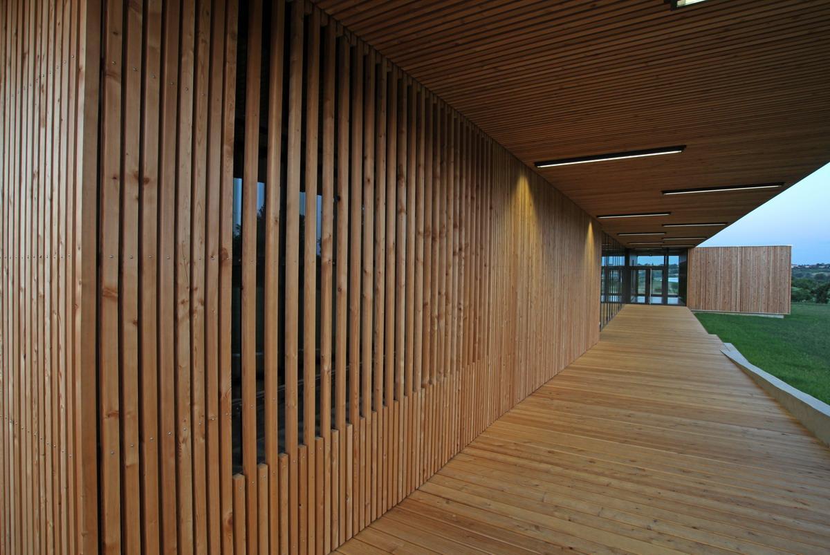 Salle d'animation multiculturelle Orliénas - 2009 - 1 410 000 € HT
