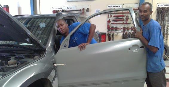 Garages automobiles