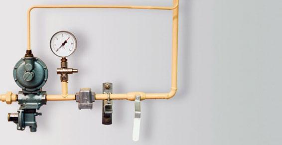 chauffage gaz - tuyauterie avec contrôle de pression