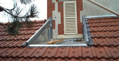 Couverture en tuile mécanique sur extension de bâtiment