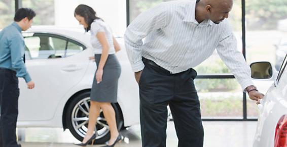 Agents concessionnaires distributeurs automobiles