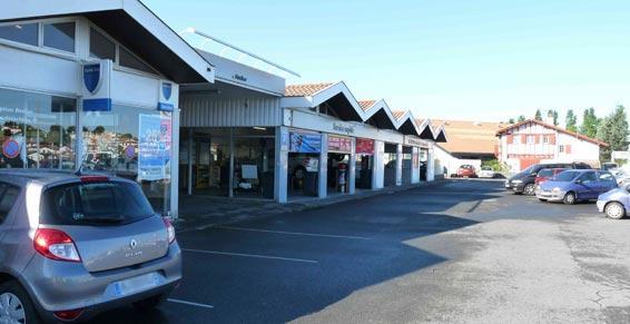 garage automobiles - parking