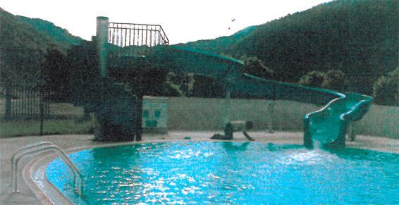 Toboggan piscine municipale à Axat - Bureau d'étude Laumont Raynald