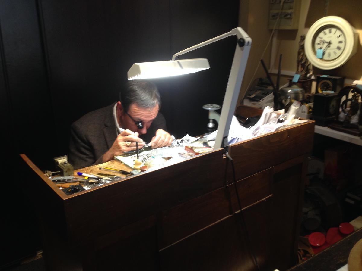 Réparation de bijoux chez votre bijoutier au Mans