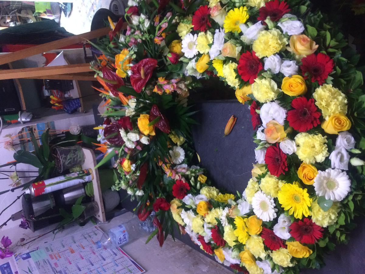 Isa'Fleurs - Création de couronne de fleurs