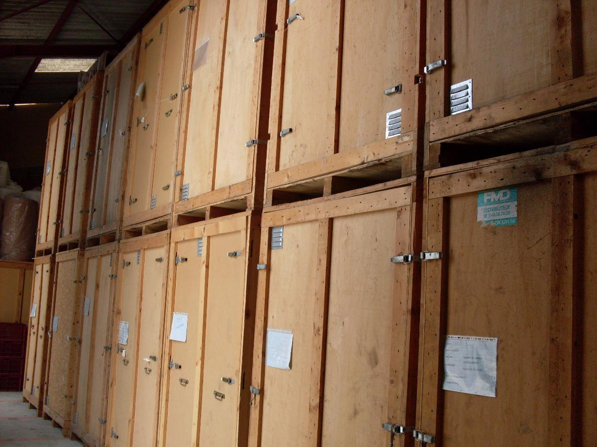 Garde-meuble, stockage, container individuel
