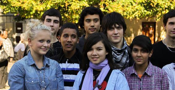 Des lycéens de l'Institution Saint André.