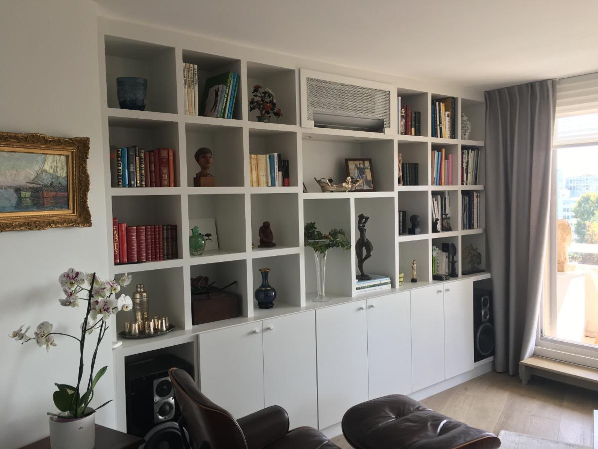 Creation d'un meuble biblioteque avec placards de rangement