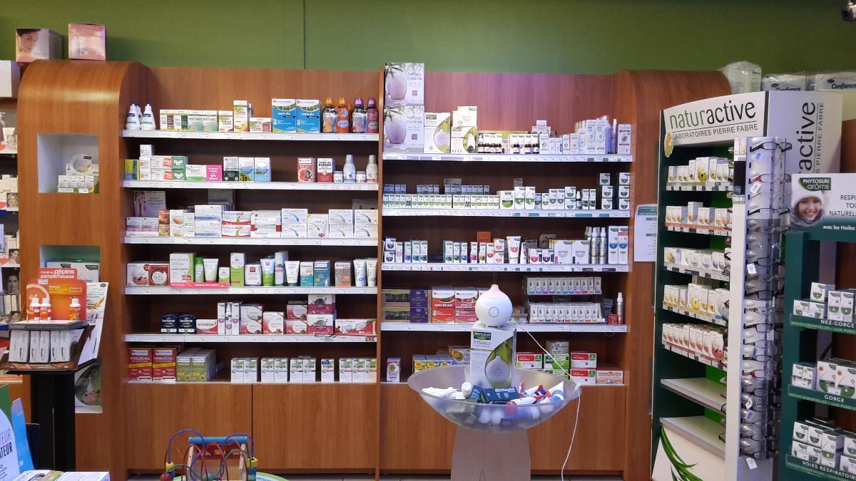 Pharmacie Champbertrand : Aromathérapie et diététique , orthopédie.
