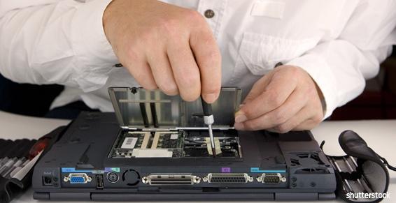 Aide et Domicile vous dépanne et installe votre matériel informatique