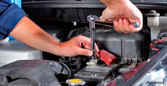 Garage automobiles - Serrage moteur