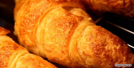 Vente de croissants pour le petit déjeuner, en Gironde