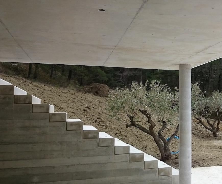 Escalier béton matricé