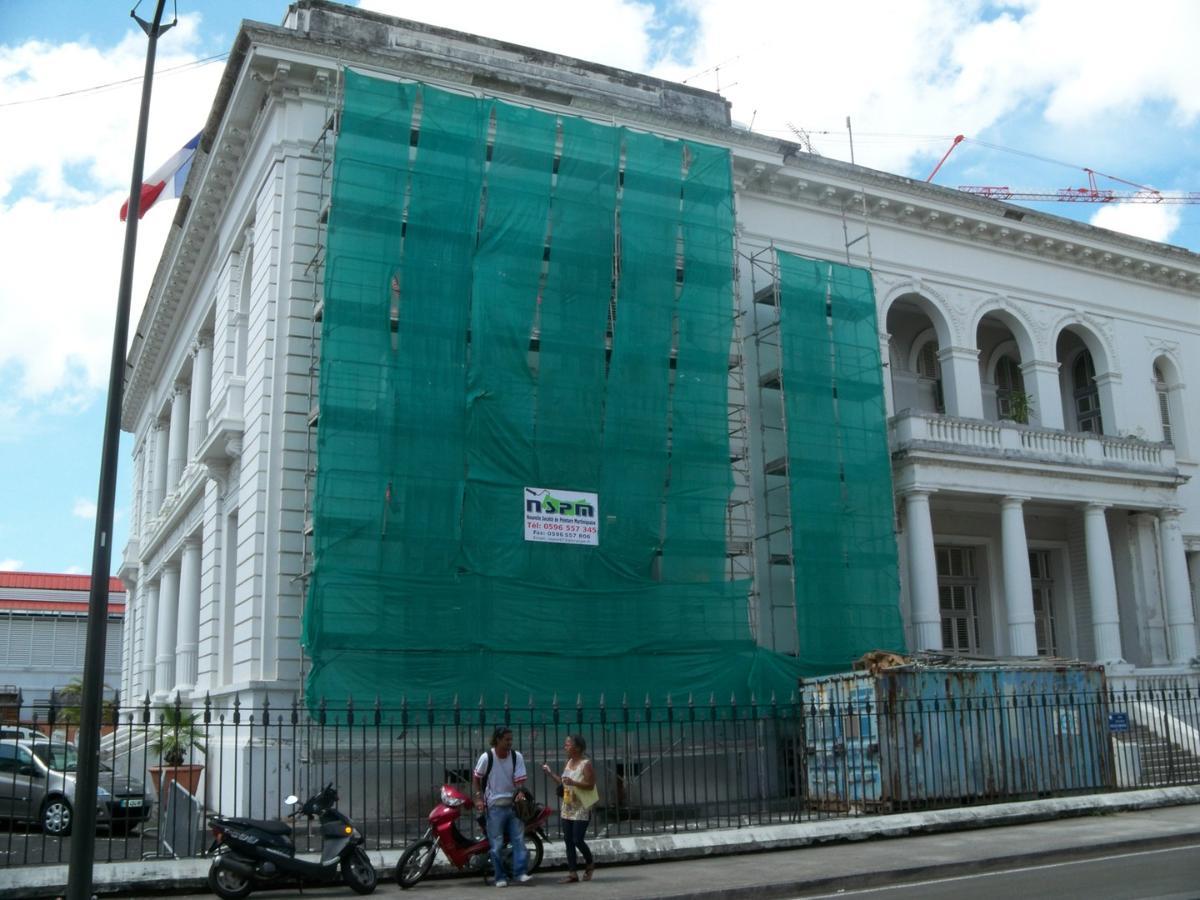 Ravalement de façades avec NSPM à Cayenne en Guyane (973)
