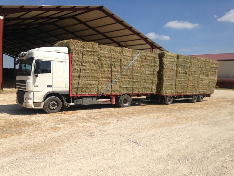 Brevon Transports en Franche-Comté vente et transport de paille