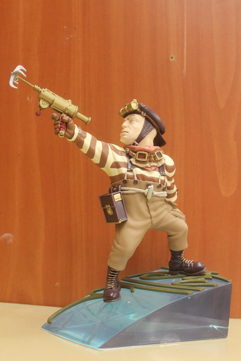 Figurines BD 259 euros seule 440 euros les 2 figurines