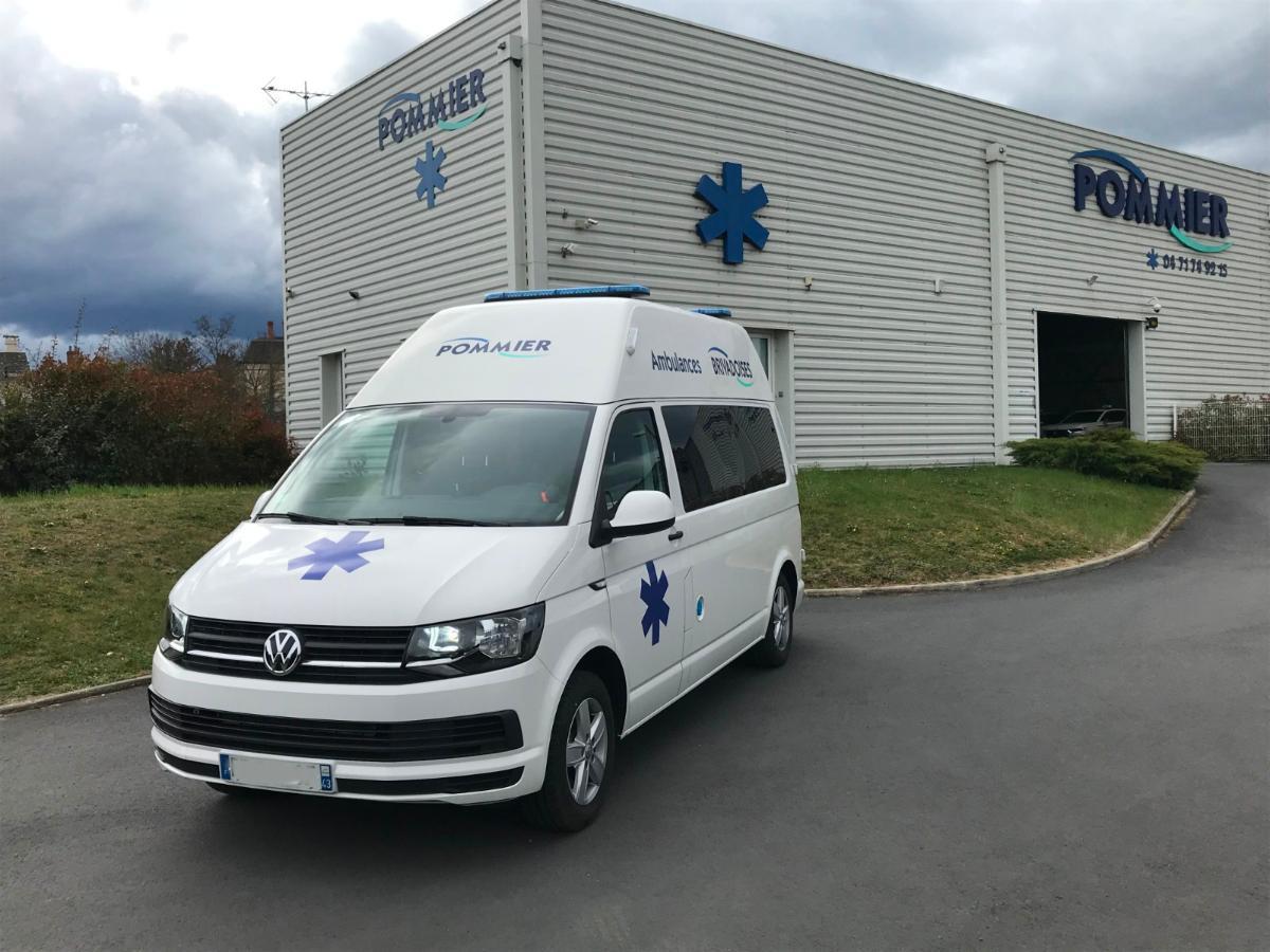 Brioude - Ambulance