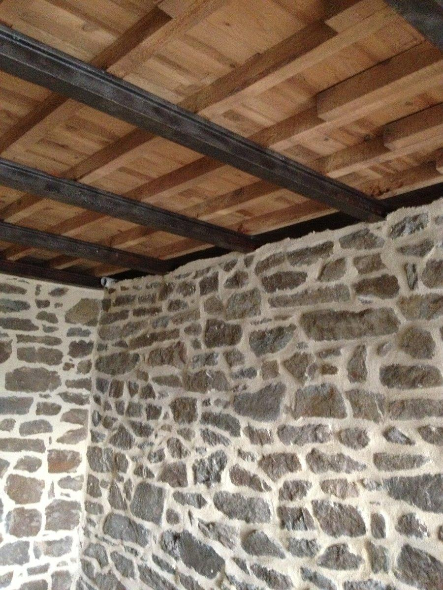 Rénovation mur et plancher à Dinard - Joint de pierre près de Rennes