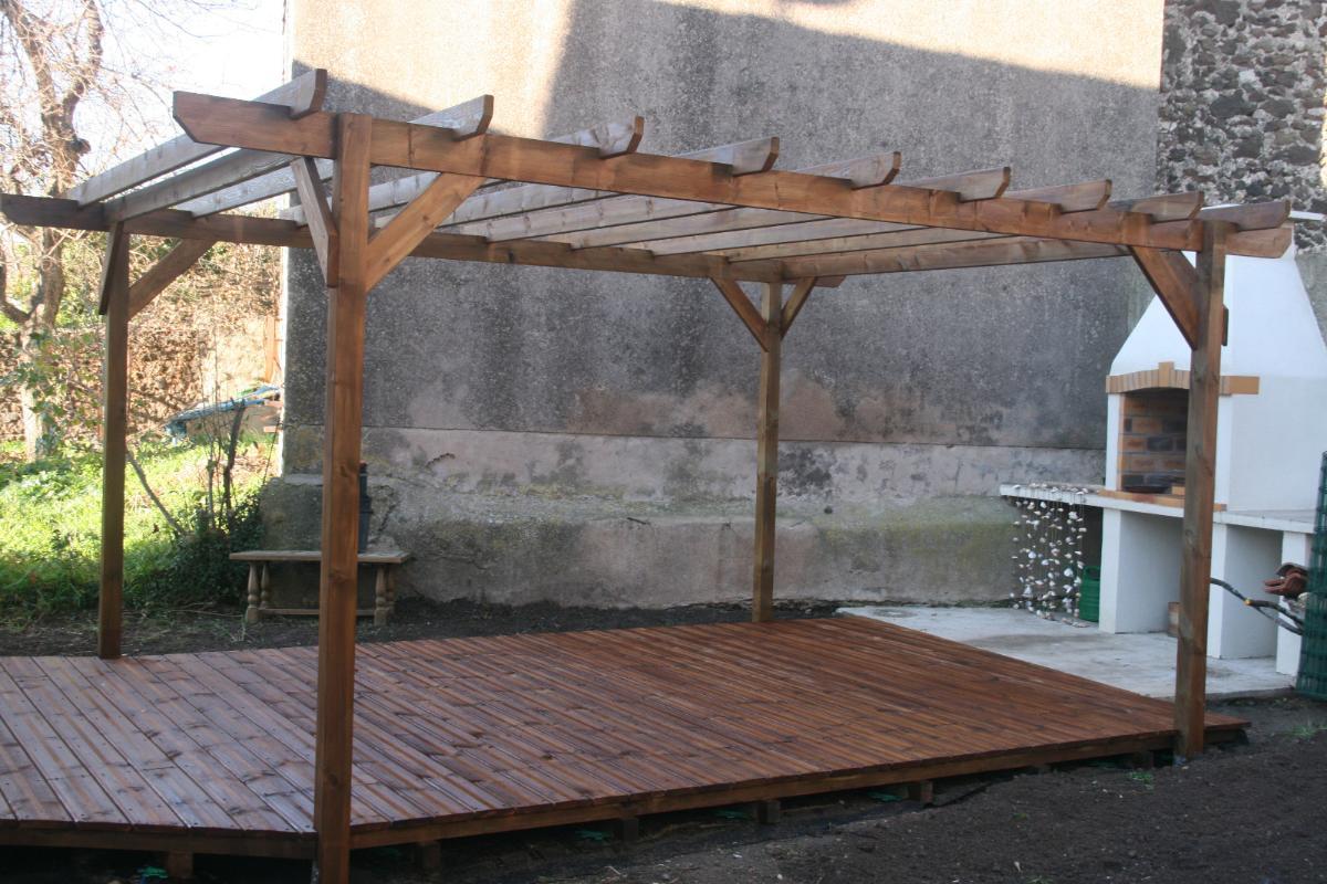 Terrasse et pergola en pin traité autoclave