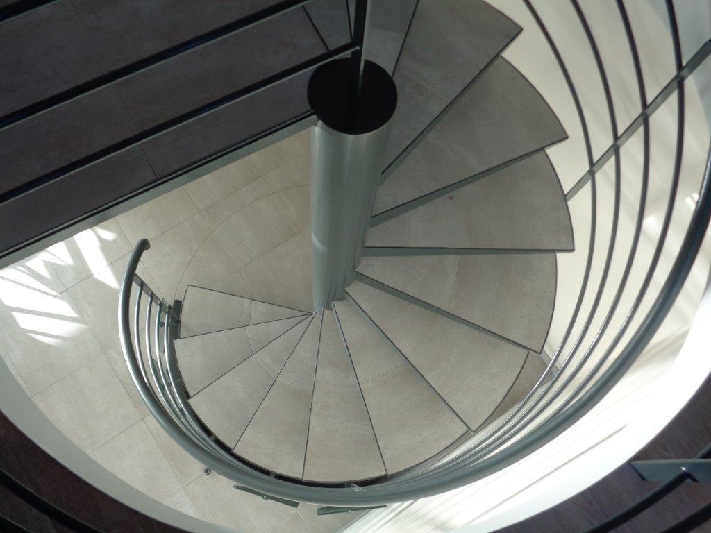 Escalier hélicoïdal vue de haut réalisé à Pointel