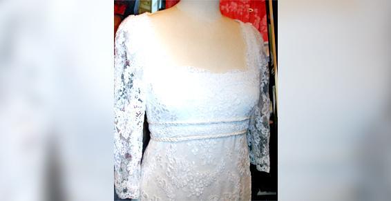 La boutique Couture Lisatoki à Saint-Jean-de-Luz (64) travaille sur des robes de mariée