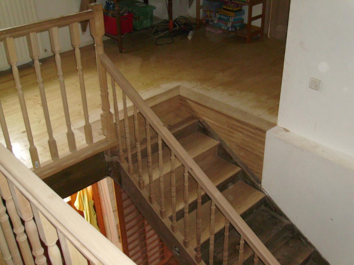 Entreprise de menuiserie générale Alexandre Éric près de Pau, plancher pour escalier