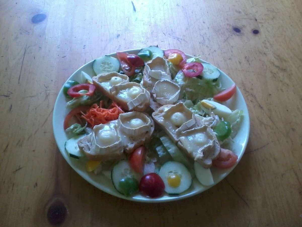 Salade au chèvre chaud.jpg