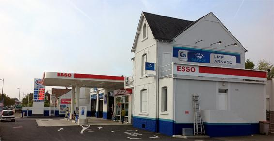 Esso - Top Garage à Arnage - Lavage nettoyage de véhicules