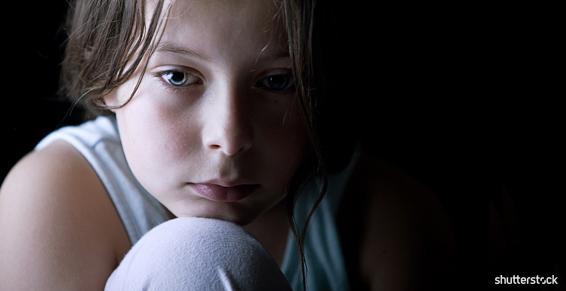 Anne Gil, psychothérapeute, reçoit les adolescents et enfants à partir de 6 ans.