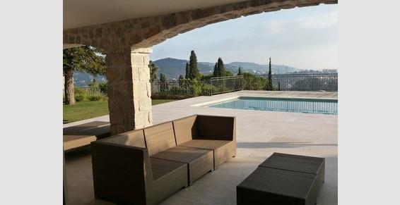 Rénovation complète d'une maison y compris bassin et jardin