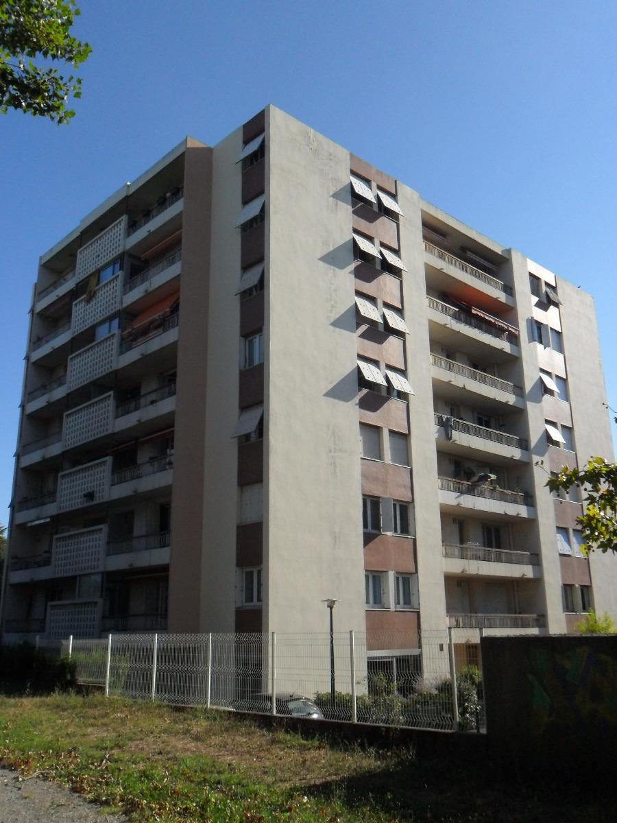 CMCASTEL - ravalement facades - avant