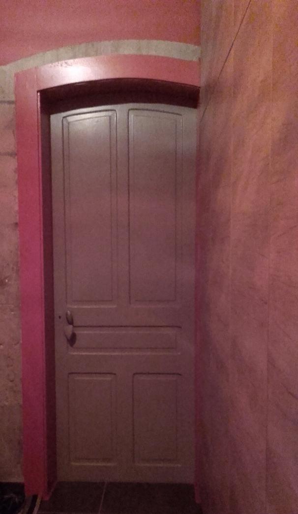Aménagement et peinture dans un hall
