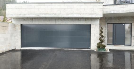 Porte de garage et porte d'entrée aluminium laqué