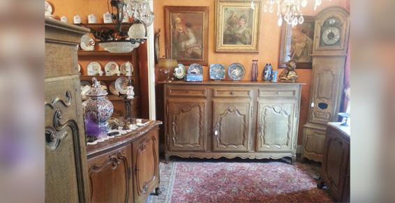 Lamine Guy effectue la vente et l'achat de meubles anciens à Hirson