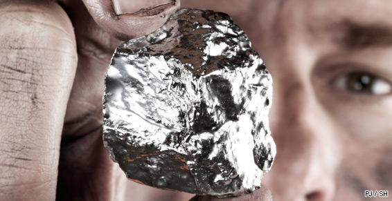 Exploitation minière pépite argentée